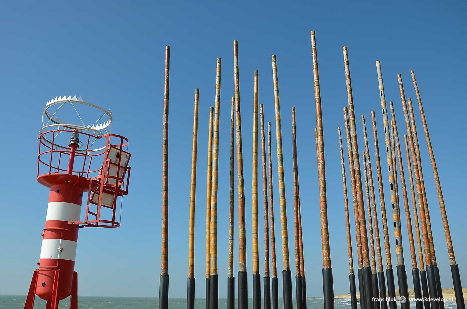 Windorgel tegen een blauwe lucht in Vlissingen