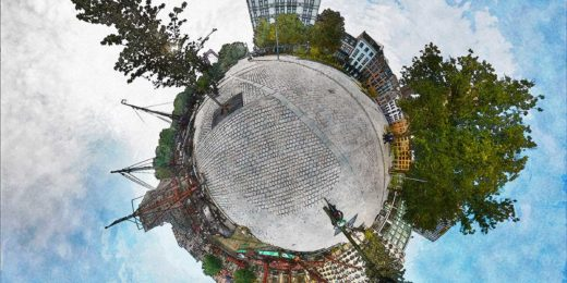 Spherical panorama of Gelderseplein in Rotterdam, featuring the White House, the reconstructed Wijnhavenhouses, the Old Harbour with the Cube dwellings and more