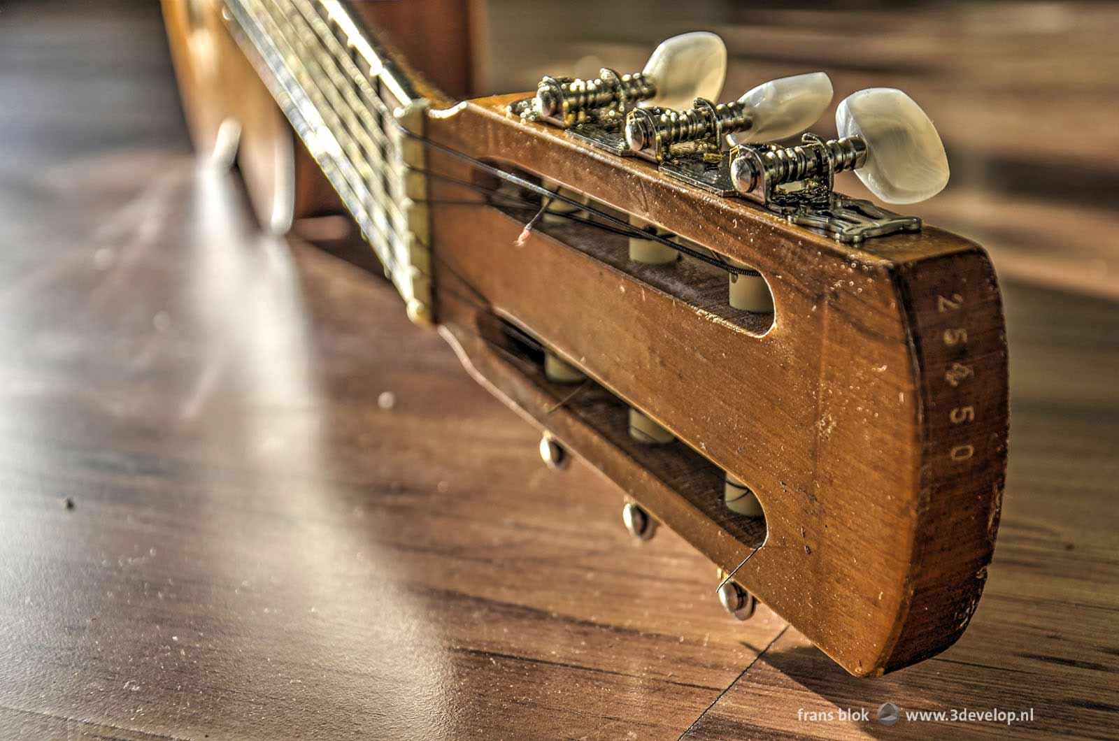 gitaar-laminaat-stemmechaniek