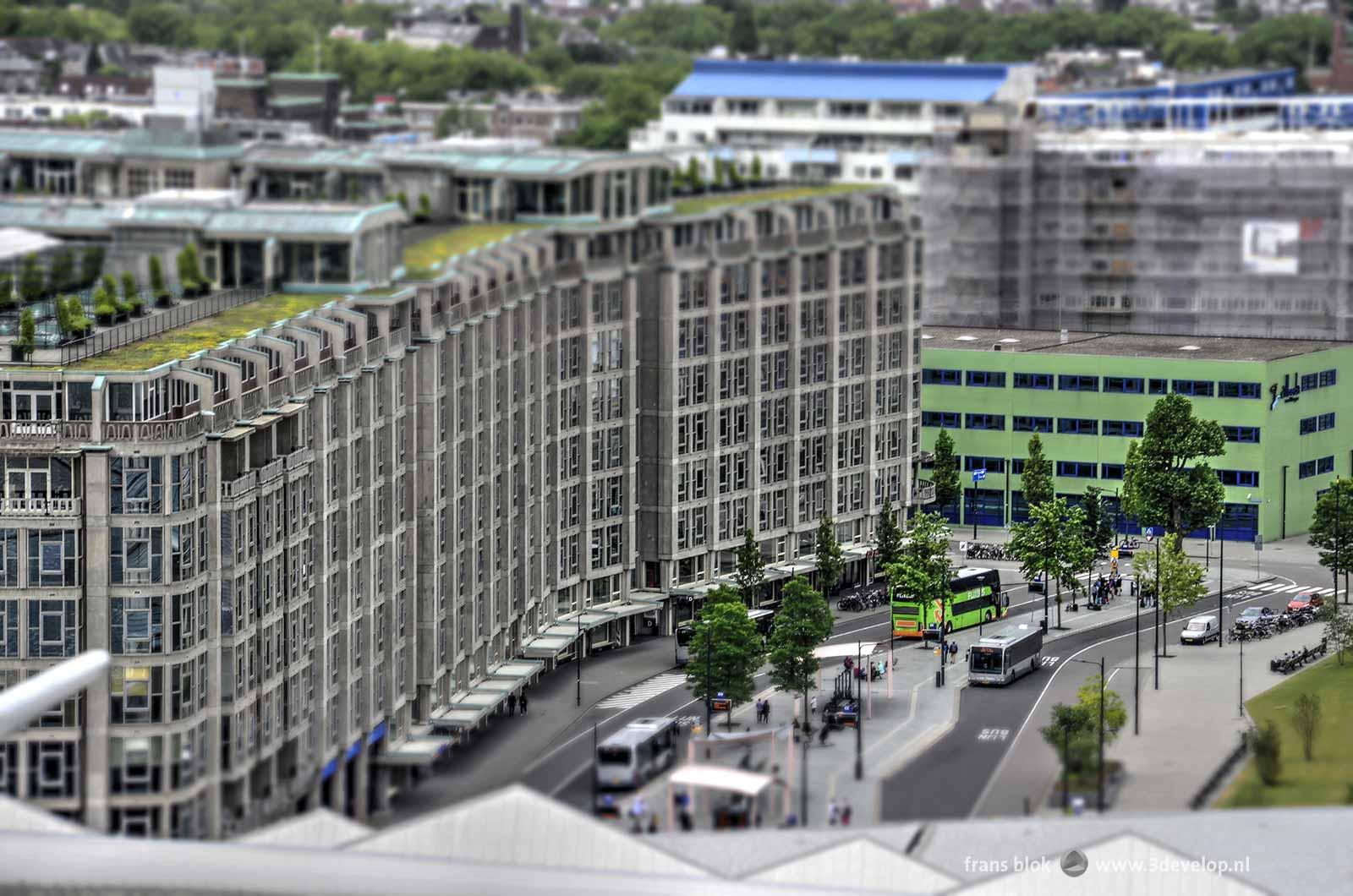 The Miniworld or Madurodam effect on a photo of Groothandelsgebouw in Rotterdam