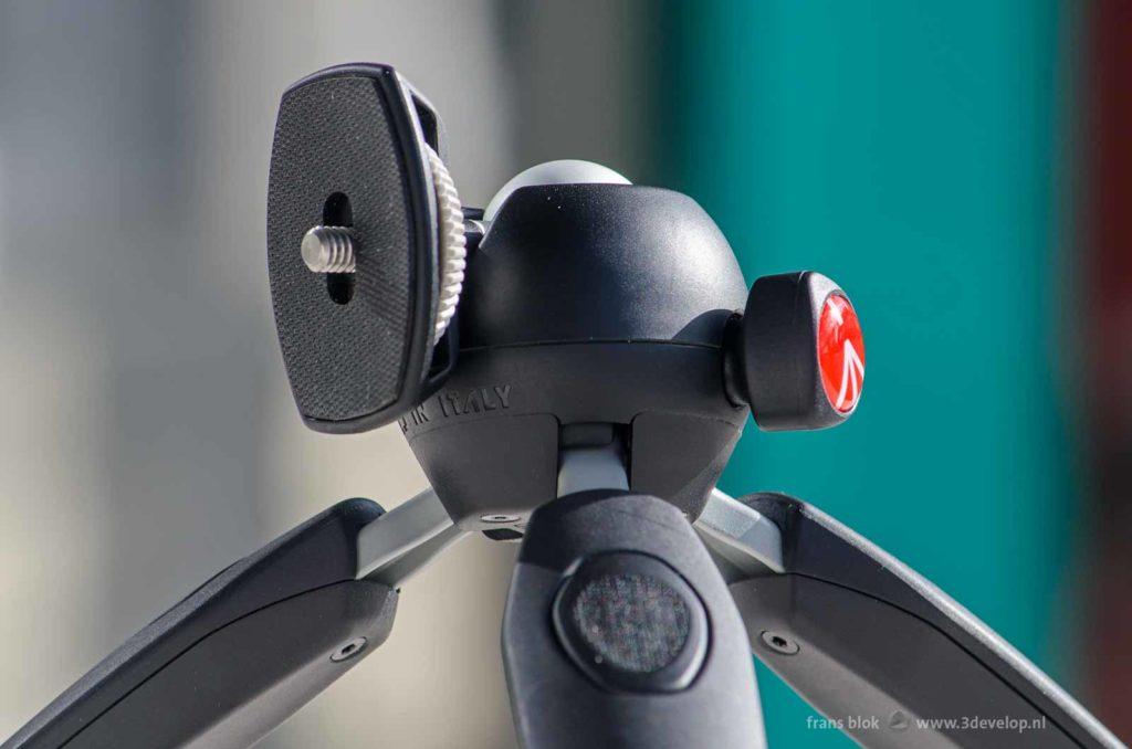 Close-up of the head of a Manfrotto Pixi Evo mini tripod