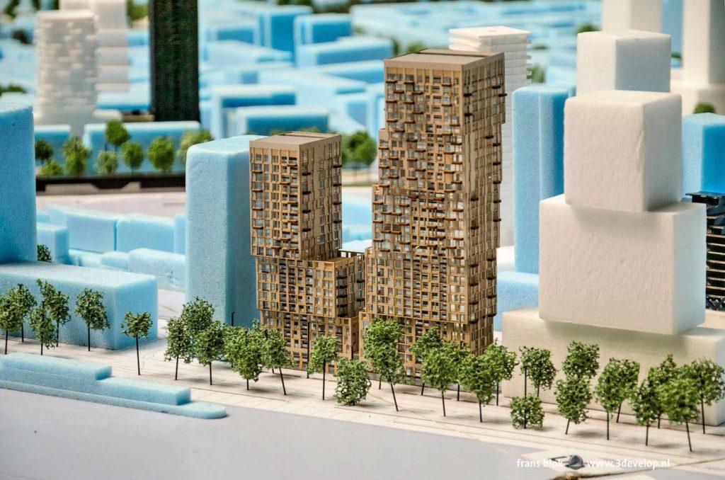Deel van de maquette met nieuwe projecten in het centrum van Rotterdam, met de ontwikkelingen aan de Boompjes