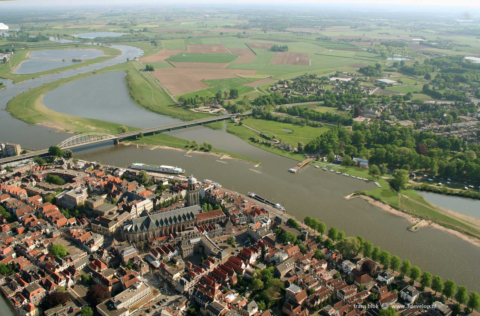 Room for the River, Deventer