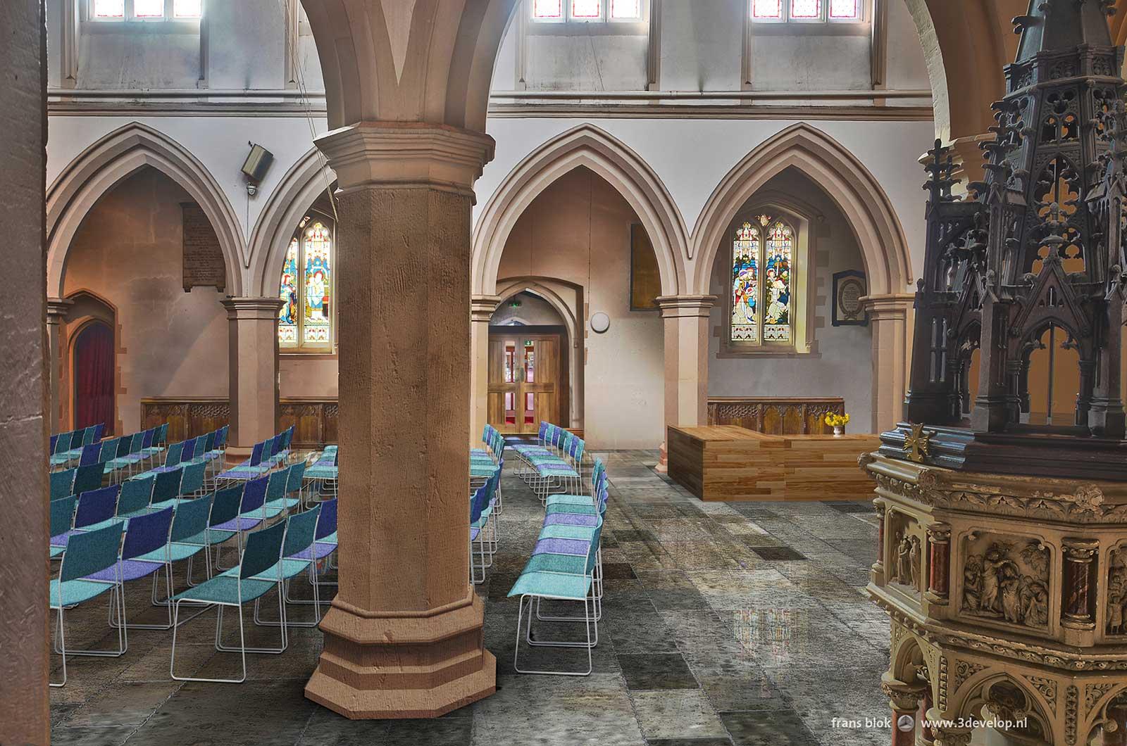Interieurbeeld van St.Mary's church in Watford, kijkend vanaf de noordelijke zij-ingang