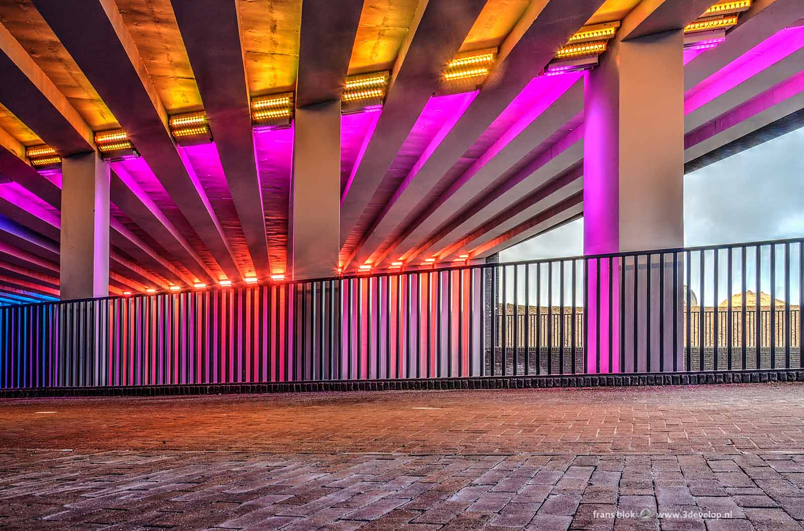 Phto of the light art by Herman Kuijer in the Marstunnel in Zutphen made at the pedestrian section of the railway passage