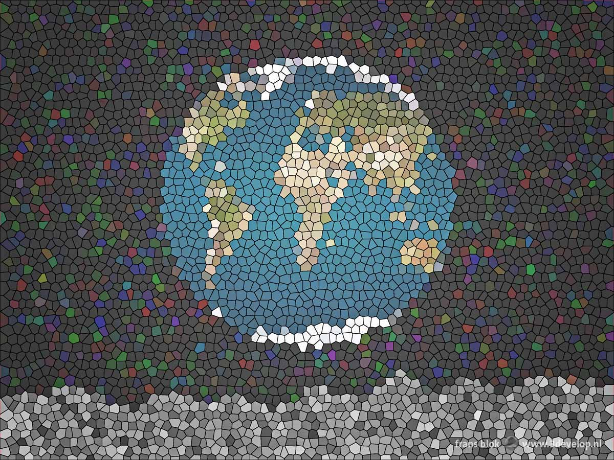 Snelle bewerking in Photoshop van de Earthrise-foto tot een glas-in-loodraam