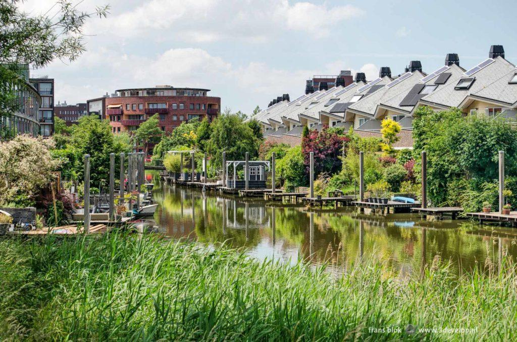 Waterrijke woonomgeving in Vinexlocatie Wateringseveld, Den Haag